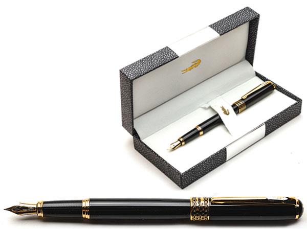 Ручка перьевая черная в футляре